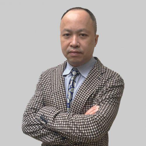 Thầy Tùng